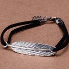 Vintage Korean Gun Black Velvet Leaf Embedded Double Ropes Trendy Charm Bracelet (Black)