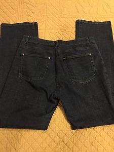 EILEEN FISHER Size Medium Jeans Boot Cut 30 Inch Inseam Stretch SUPER CUTE!