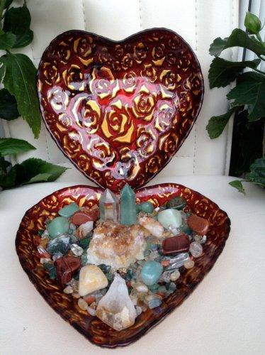 Prosperity Crystals Healing House Kit Artisan Heart Shaped Crystal Center Piece