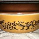 Vntg oval PYREX 1.5  quart covered casserole dish orange fruit brown lid 043 943