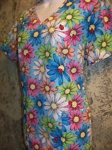 Daisy flowers ladybug bright v-neck SB Scrubs uniform top dental medical nurse S
