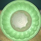 TUPPERWARE jello Jel-N-Serve seal green large ice fruit ring punch crafts mold