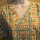Cheerful plaid flowers pullover v-neck scrub top nurse medical uniform women S