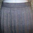 Women size 10 classic career professional skirt ORVIS classic black white skirt