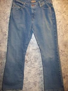 Women's junior size 13 TOMMY HILFIGE stretch boot cut jeans basic 5 pocket style