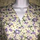 Purple white flowers v-neck scrubs uniform top dental medical nurse vet plus S