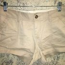 OLD NAVY light khaki chinos short shorts low rise back slit front pockets size 4