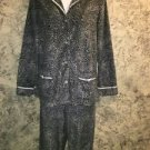 SIMPLY VERA M pajama pjs set gray black animal cheetah print fleece top bottom M