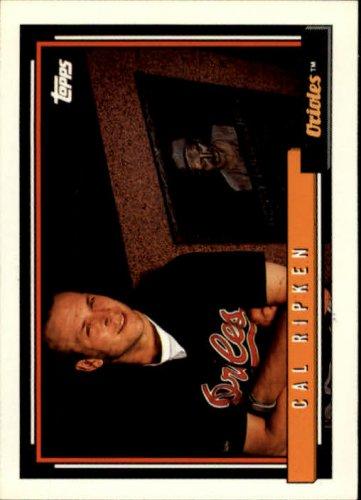 1992 Topps Baseball #40 Cal Ripken Baltimore Orioles