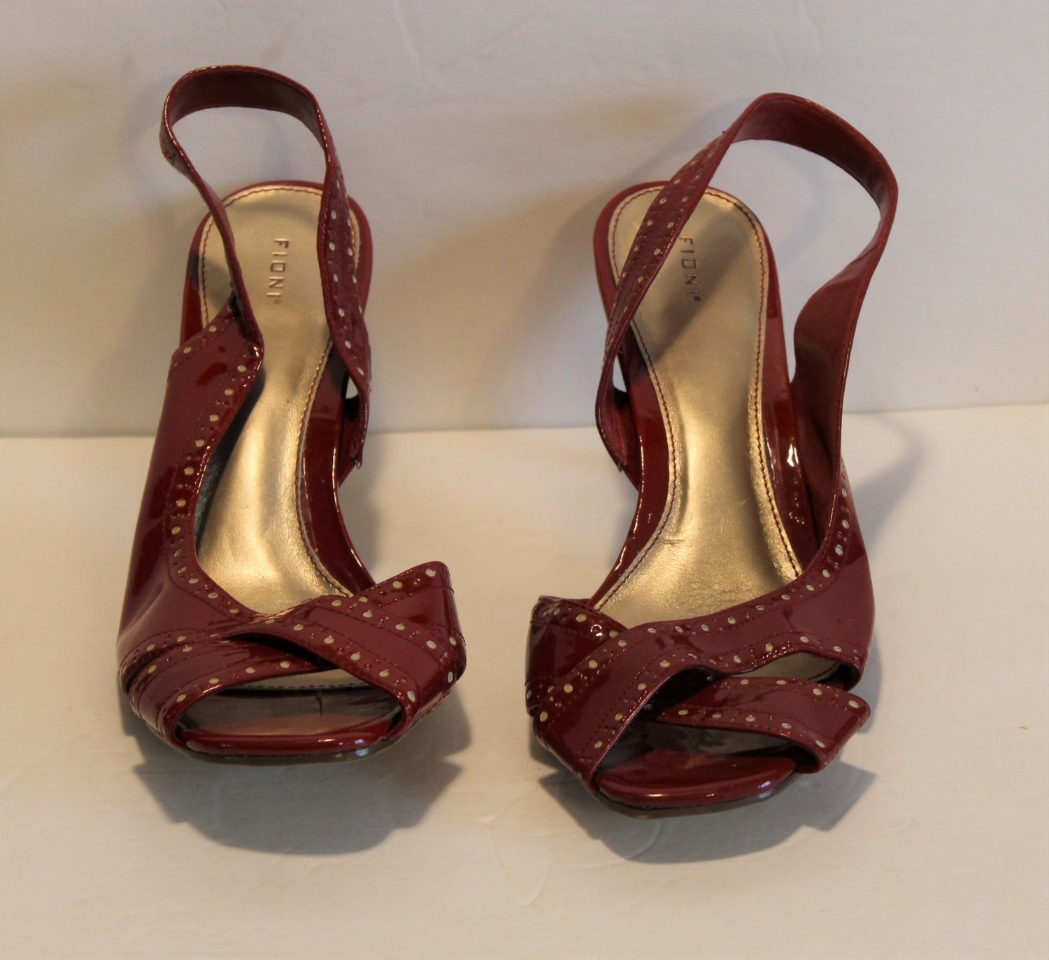 "Fioni Red Patent Strappy Sling Backs 3.25"" Heel Shoe Size 10"