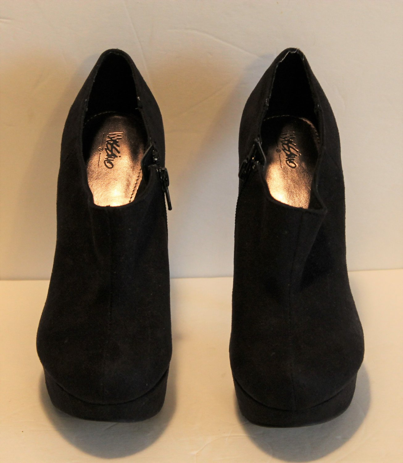 """Mossimo Black Suede Platform Stiletto Booties Shoes High 5"""" Heel Size 7.5"""