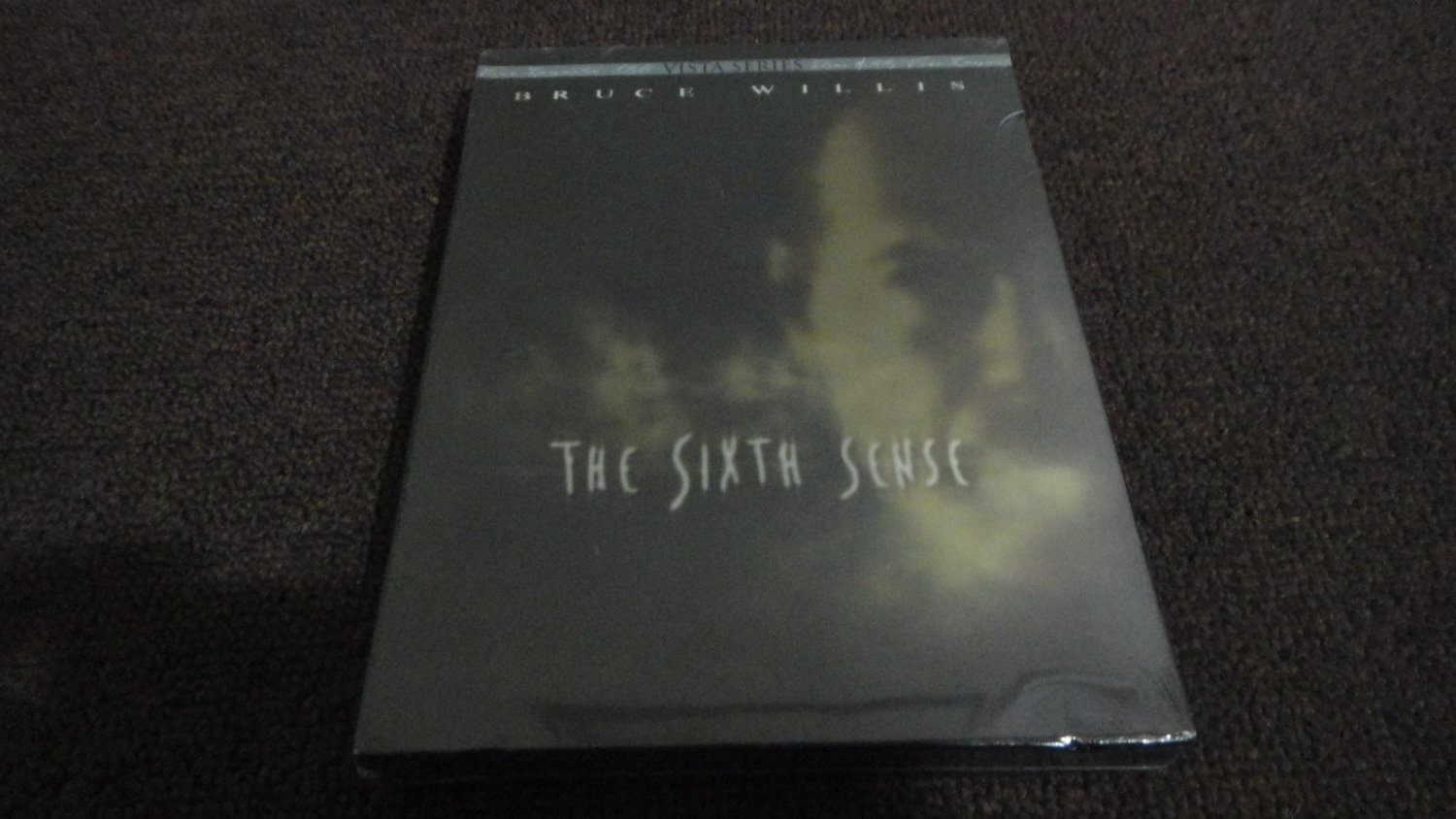THE SIXTH SENSE - Bruce Willis, VISTA Series Edition, NEW SEALED. LOOK!!!