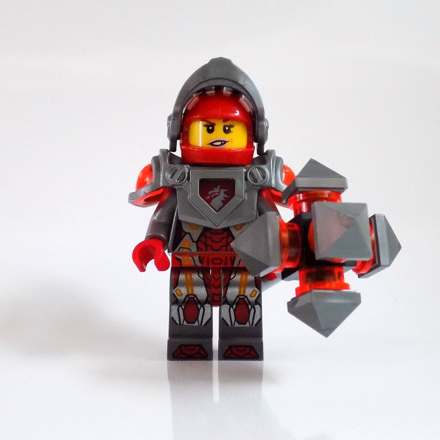 Lego Knight Macy Minifigure from Nexo Knights