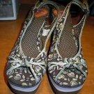 Women's Rocket Dog brown platform sandals in size 8