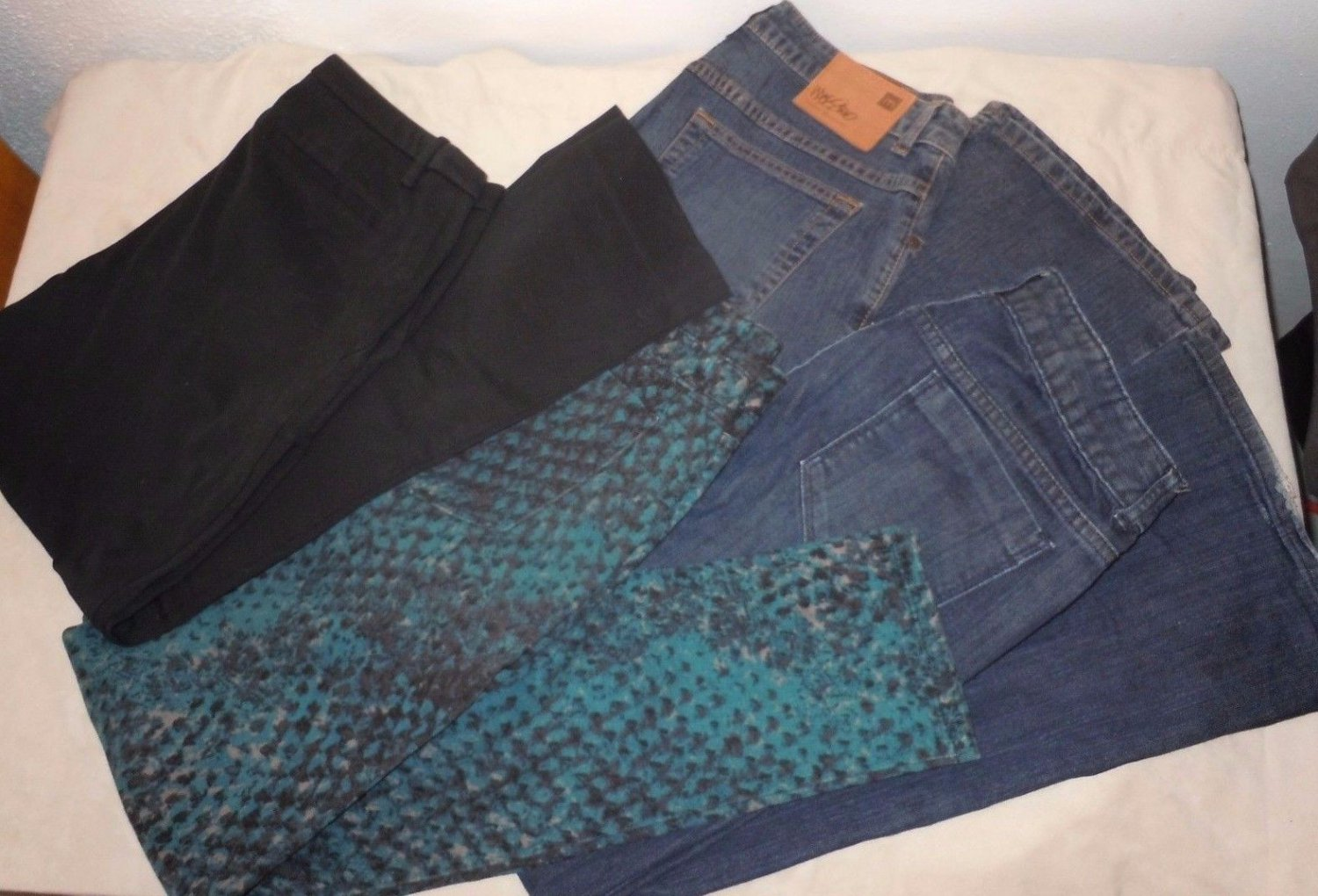 Lot 4 Womens Mossimo blue jeans pants black green Slim Boot Cut Straight size 6