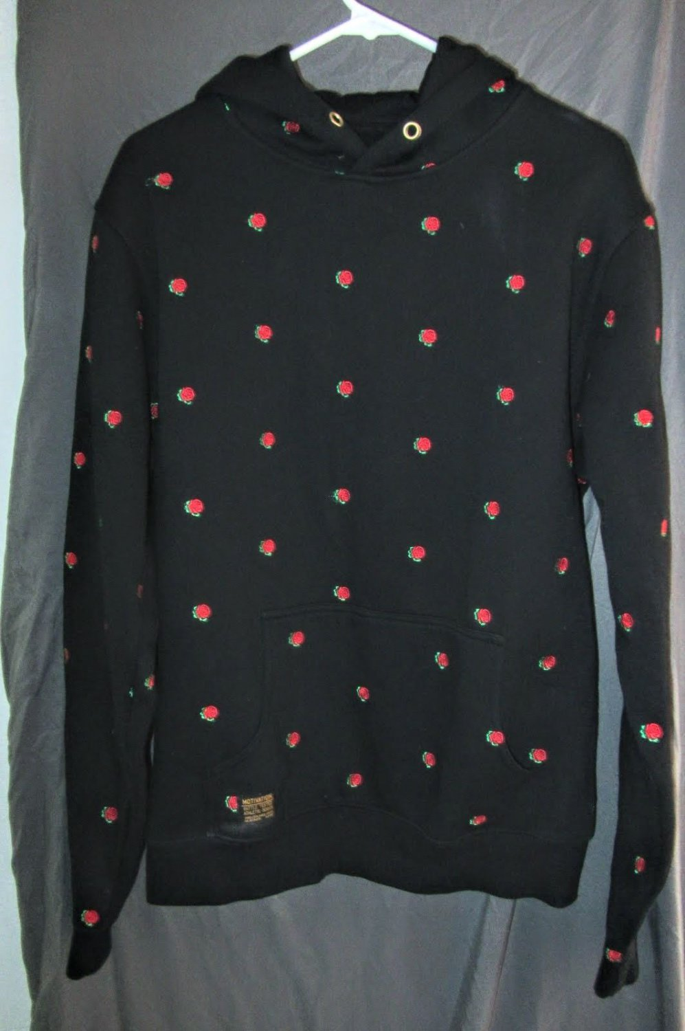 Womens Motivation Hoodie Black Red Roses Size L