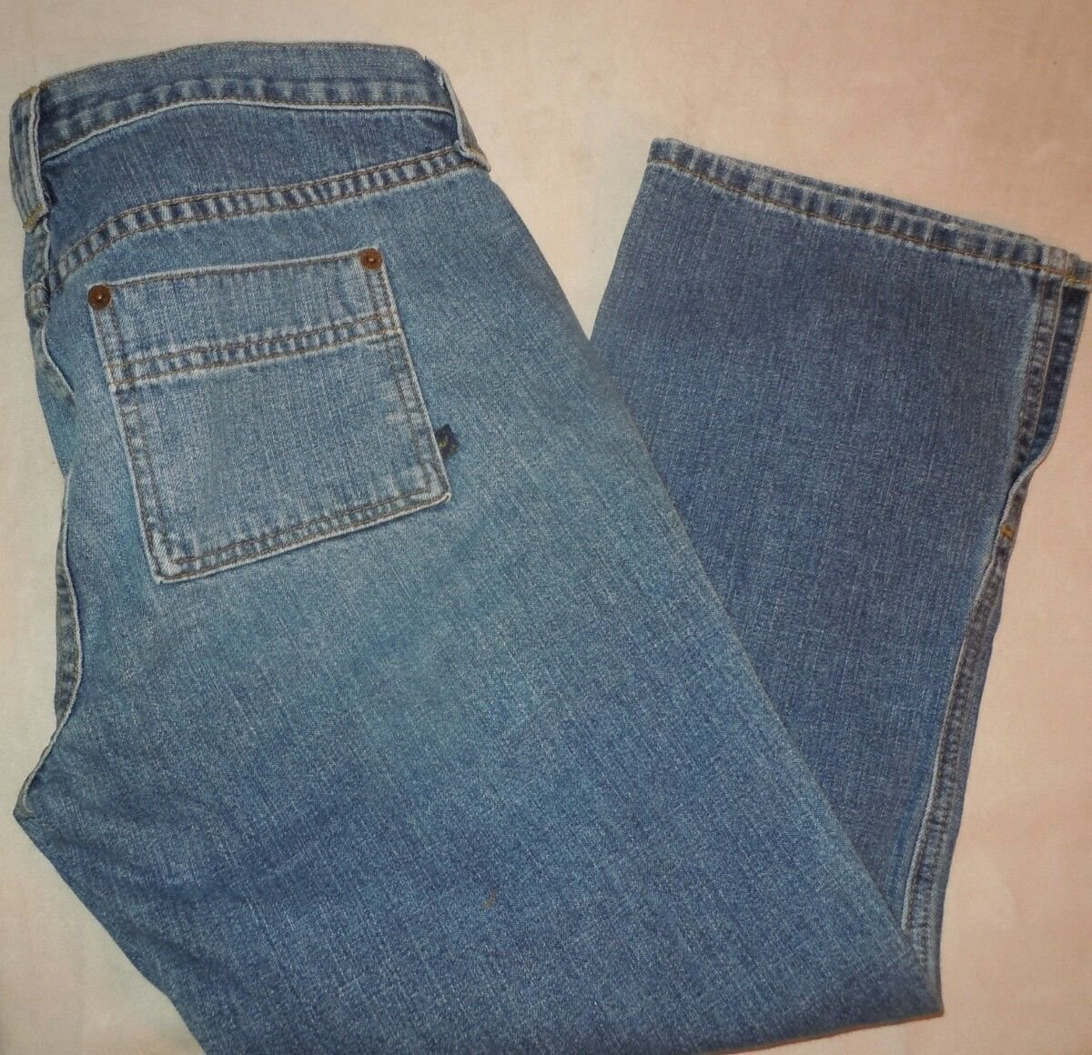 Abercrombie & Fitch Capri lace up medium wash jeans size 4
