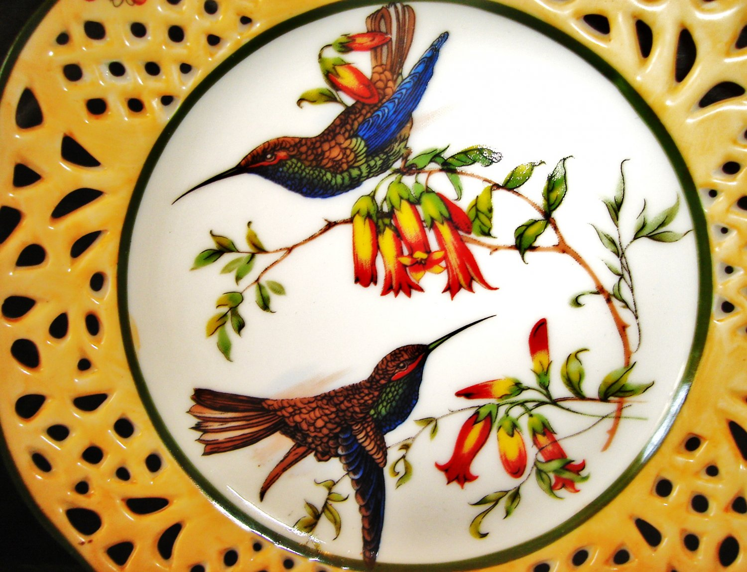 Collectible Porcelain Plate / Porcelain Art, Bird Series