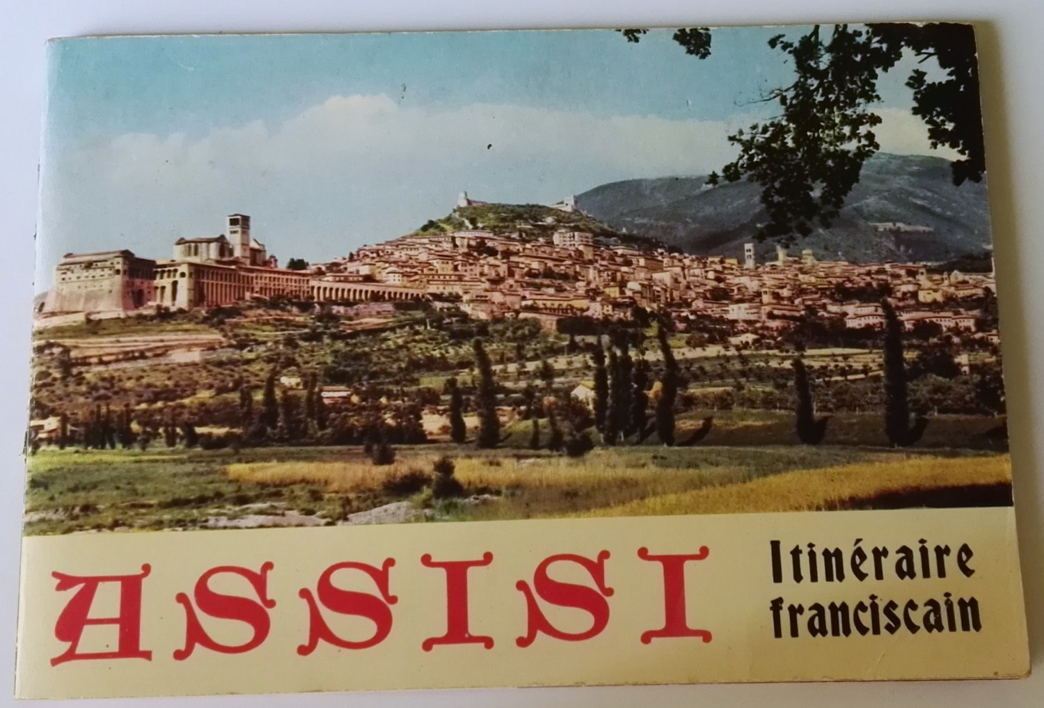 Book / Assisi Itinéraire franciscain by Stanislao Majarelli - Illustrated 1964