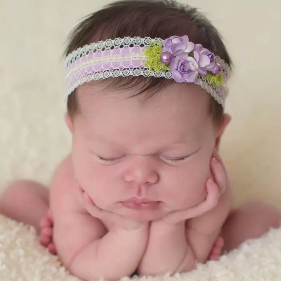 The new baby pictures of newborn hair lace Pearl Flower elastic hair band