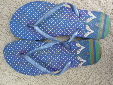 Size 7/8 Colorful Flip Flop Sandals with Heart and Dot Design - Blue