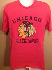 Vintage Distressed Chicago Blackhawks NHL Men's Graphic T-Shirt Red Medium