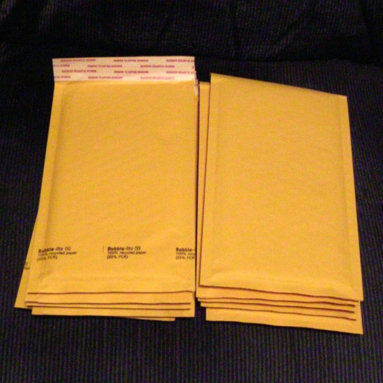 "10 Padded Manila Bubble Envelopes - Size #00 5"" x 9.5"" internal"