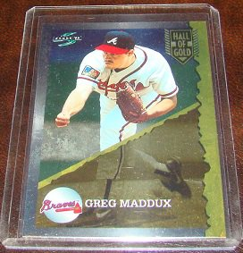 Greg Maddux 1995 Score Hall Of Gold Insert Baseball Card