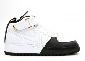 Nike Air Jordan & Air Force One Fusion - white/black-taxi