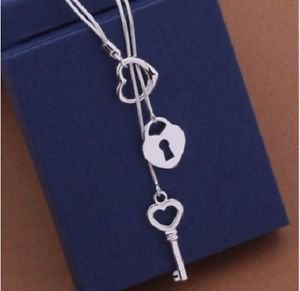 925 Sterling Silver Fashion Jewelry Key & Lock & Heart Pendants Necklace.
