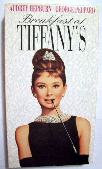Breakfast at Tiffanys [VHS]
