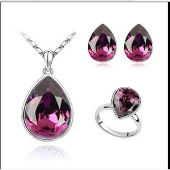 Water drop fashion crystal necklace, earrings and ring (ring size 8) SET.