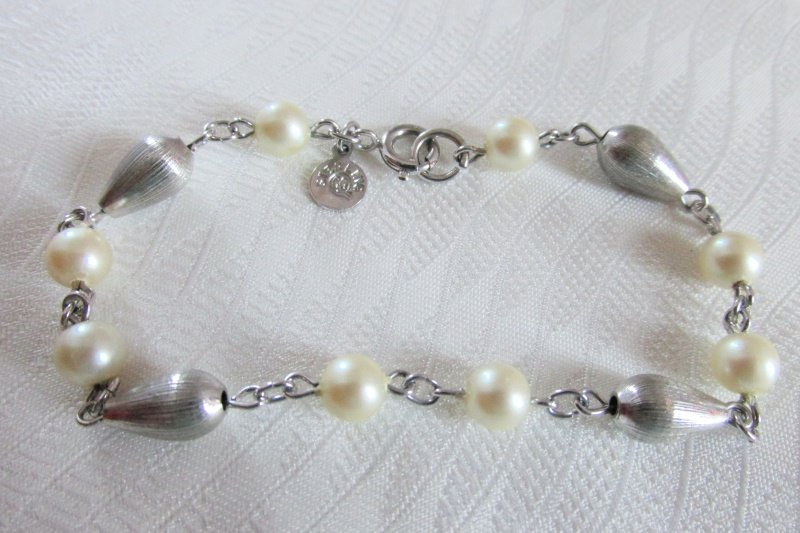 Vintage Faux Pearl Beads Sterling Silver Bead Bracelet Signed Sterling CC Uncas