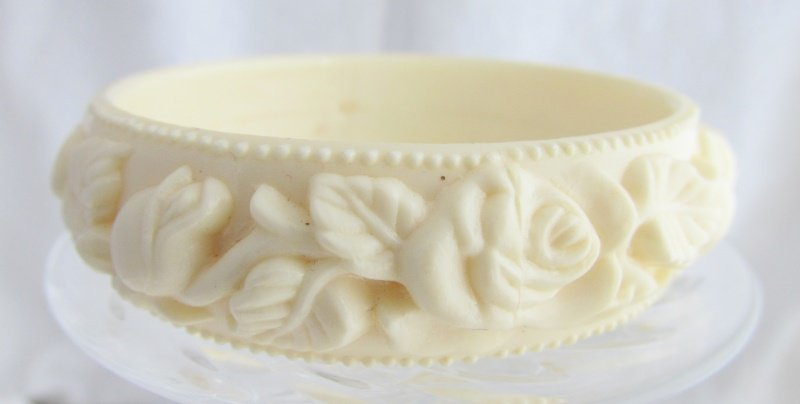 Vintage Cream Off White Old Plastic Celluloid Bangle Bracelet Raised Rose Vine