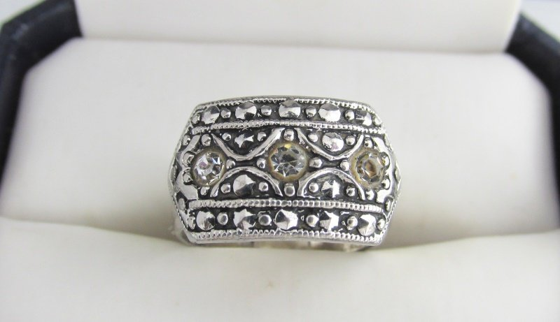 1980s Vintage AVON CZ Cubic Zirconia Marcasite Ring Silver Plated Size 5 Signed