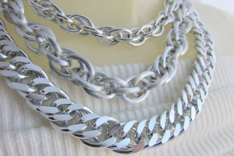 "Vintage Lightweight Silvertone 3 Chain Necklace Large Link Rope Curb 1/2"" Chains"