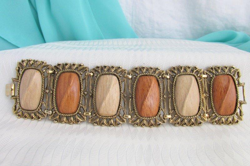 1960s Vintage Wide Wood Look Panel Bracelet Antiqued Gold Plate Fancy Frames