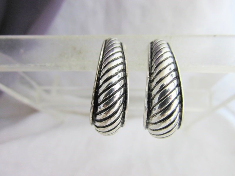 Vintage Elongated Hoop Earrings Silver Plated Black Accent Clips Elegant
