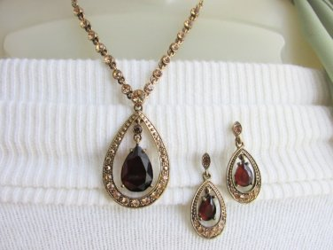 Vintage AVON Topaz Rhinestone Teardrop Necklace Earrings Gold Plated Signd