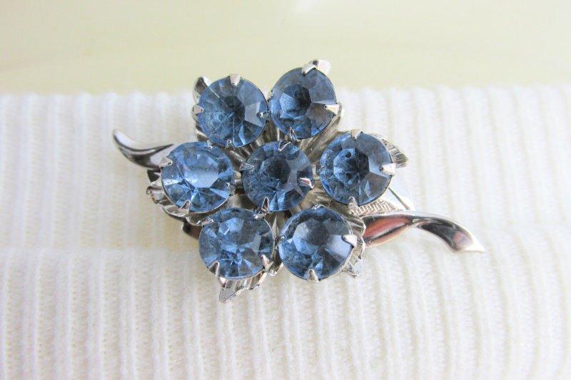 Vintage Blue Rhinestone Flower Leaf Pin Brooch Silver Plate Tiered Construction