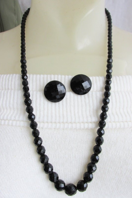 "1950s Vintage Faceted Jet Black Glass Beaded 24"" Necklace Earrings Clip Classic"
