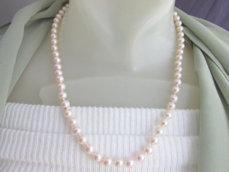 "Vintage Knotted Ivory Color Faux Pearl 19"" Necklace Silvertone Single Strand"