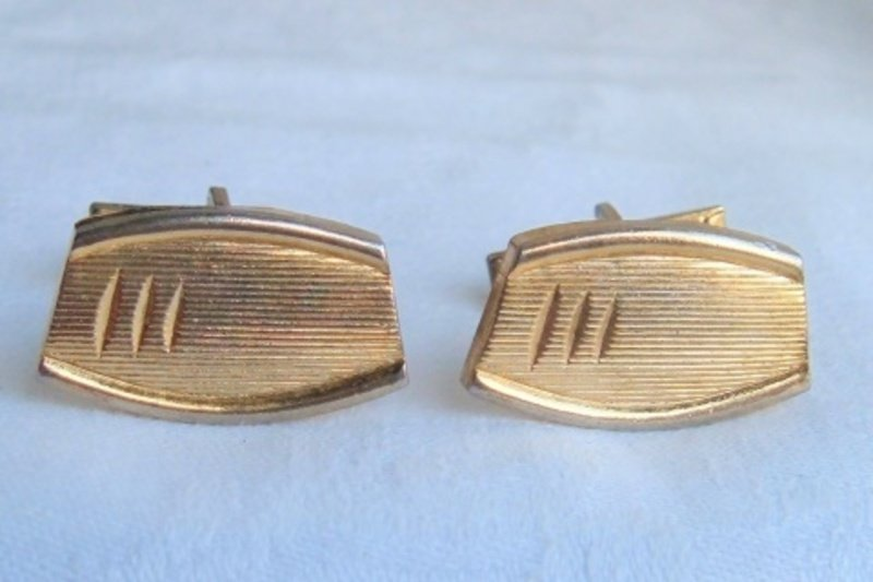 Vintage Classic Florentine Finish Rectangle Cufflinks Cuff Links Mens Goldtone
