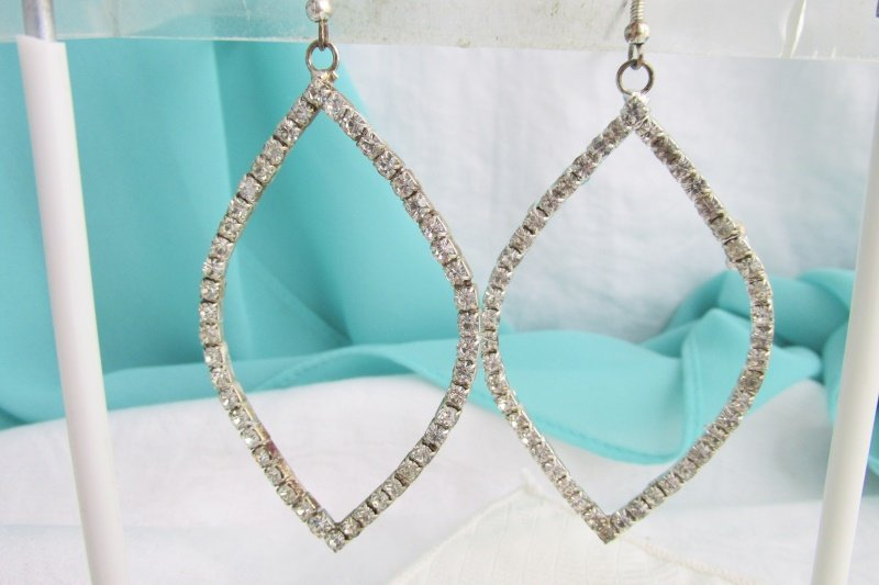 Vintage Sparkling Rhinestone Tear Drops Earrings Silver Plated Pierced Wires