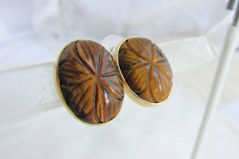 Vintage 925 Carved Tiger's Eye Stone Earrings Gold Vermeil Sterling Excel Chatoyancy