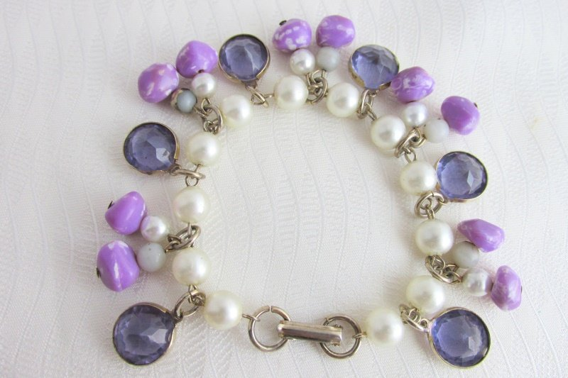 Vintage Faux Pearl Purple Bezel Crystals Art Glass Bead Charm Bracelet Original