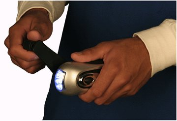 "LED ""WIND-UP"" DYNAMO TORCH"
