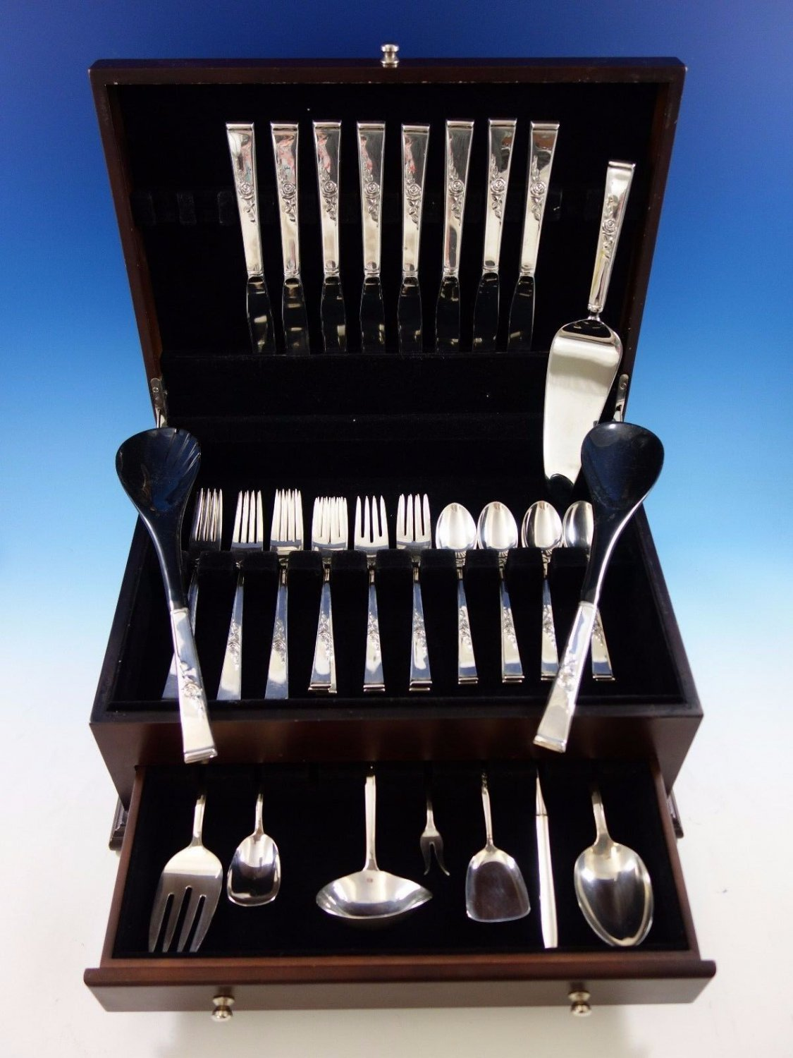 Classic Rose by Reed and Barton Sterling Silver Flatware Set 8 Service 42 pcs