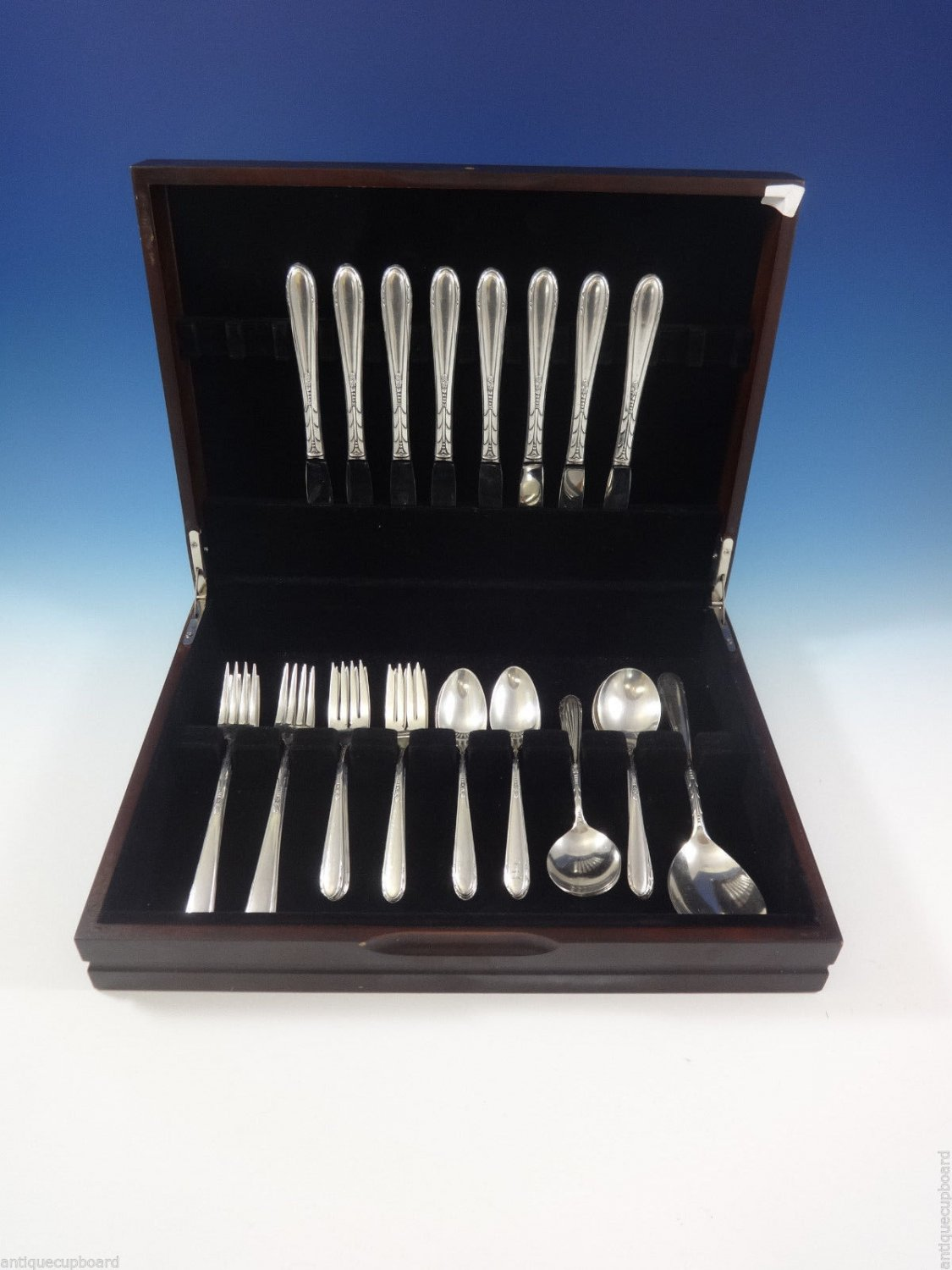 Heiress by Oneida Sterling Silver Flatware Service For 8 Set 42 Pcs Grille Size