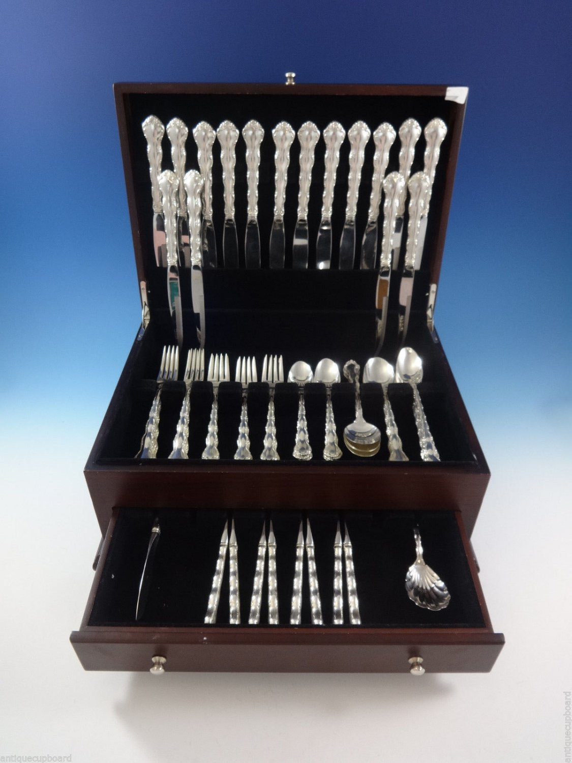 Tara by Reed and Barton Sterling Silver Flatware Set For 8 Service 66 Pieces